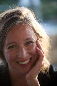 Julia Holbe