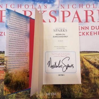 Sparks signiert